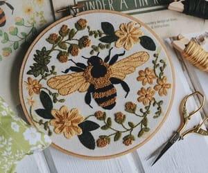 aesthetic, bee, and bumble bee image