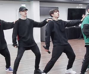 gif, jeon jeongguk, and jungkook image