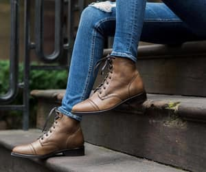 chaussures, marron, and boots image