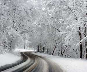 Escape reality and drive into winter wonderland♡