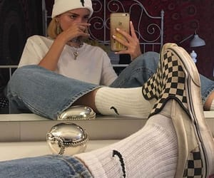 girl, nike, and vans image