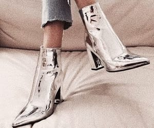 chic and shoes image