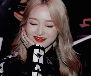 edit, loona, and gowon image
