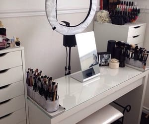 makeup, room, and mirror image