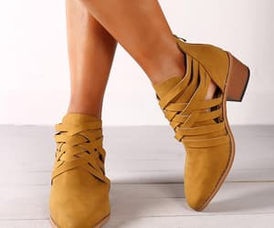 boots, footwear, and shoesforwomen image
