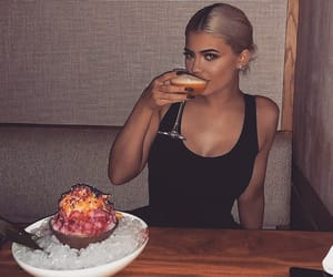 kylie jenner, kylie, and drink image