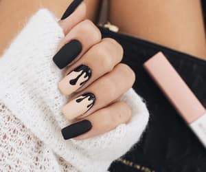 accessories, beige, and dark nails image