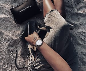 accessorize and beachy image