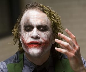 heath ledger, makeup, and the joker image