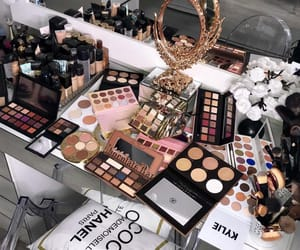 makeup and paradise image