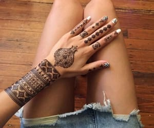 belleza, henna, and tatuaje image
