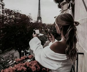 beauty, hair, and parís image