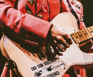 guitar, styles, and pink image