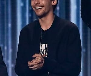 louis tomlinson, one direction, and the x factor image