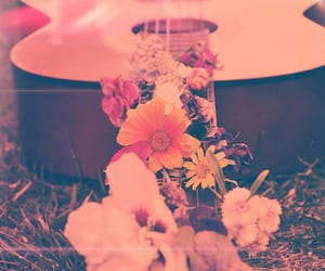guitarra, hippie, and creativa image