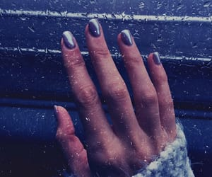 mirror, silver, and winter nails image