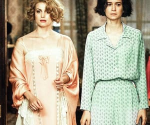 fantastic beasts, tina goldstein, and queenie goldstein image