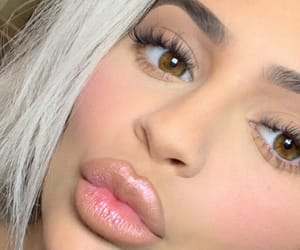 awesome, kylie jenner, and make up image