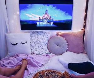 disney and pizza image