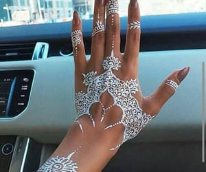 henna and حنة image