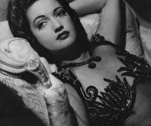 dorothy lamour, Pin Up, and 40s fashion image
