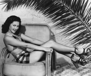 1940, 1940s fashion, and beauties image