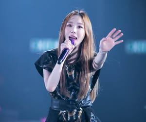 concert, girls generation, and taeyeon snsd image