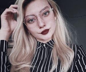 beauty, kawai, and блондинка image