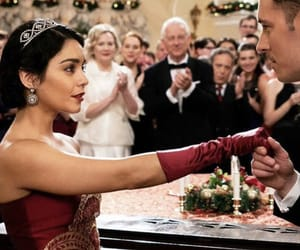 The Princess Switch is my new favorite Christmas movie ♡🎅🏼🎄✨