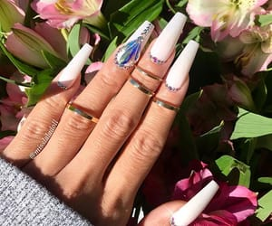 celebrity and nails image