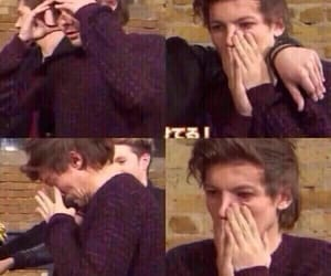 louis, tomlinson, and reaction pic image