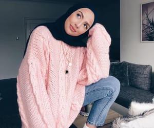 hijab, fashion, and hijabista image