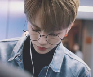 ulzzang, yanjun, and nine percent image