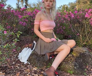 aesthetic, female, and flowers image