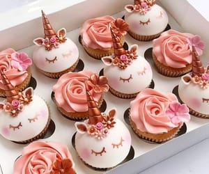 cupcake and unicorn image
