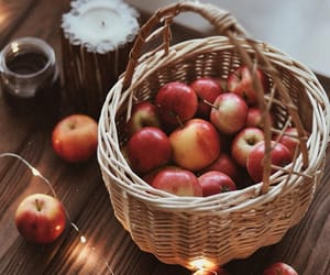 aroma, autumn, and candle image