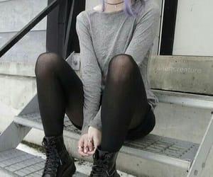 grunge, black, and pale image