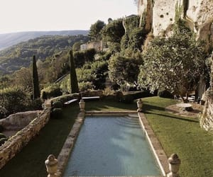 france and pool image