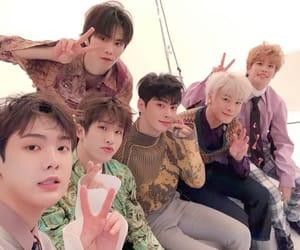 idols, kpop, and astro image