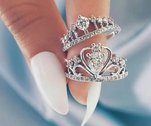beauty, bling bling, and crown image