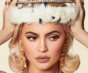 kylie jenner, Queen, and beauty image