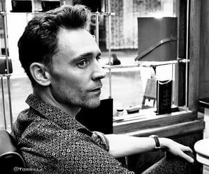 tom hiddleston image
