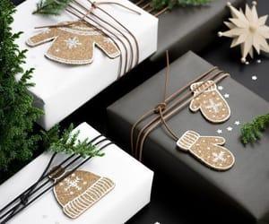 christmas, cozy, and christmasdecor image