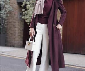 maroon hijab outfit image