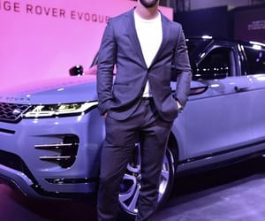 boys, range rover, and model image