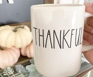 grateful, holiday, and mugs image