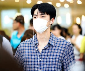asian, boy band, and oh sehun image