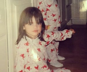 childhood, family, and Kendall image