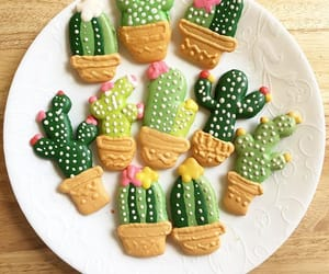 cactus, Cookies, and gingerbread image