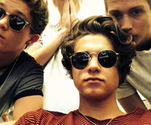 the vamps, connor ball, and vampette image